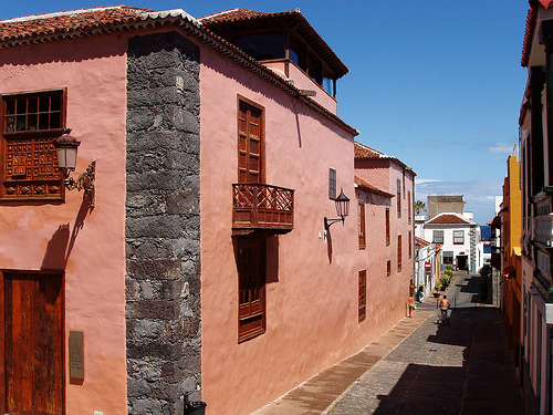 Apartments and villas for rent in Tenerife